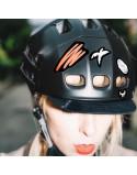 Stickers rétro-réfléchissant qui s'adaptent à tous les casques de vélo et de trottinette